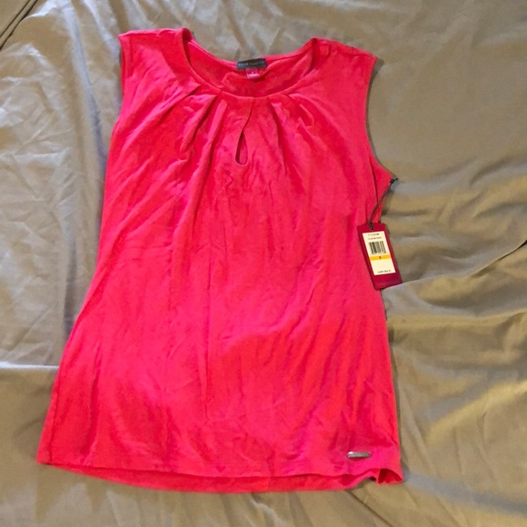 982d47bb06e4ba NWT Vince Camuto hot pink tank top with keyhole
